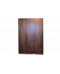 3-drzwiowa szafa do sypialni